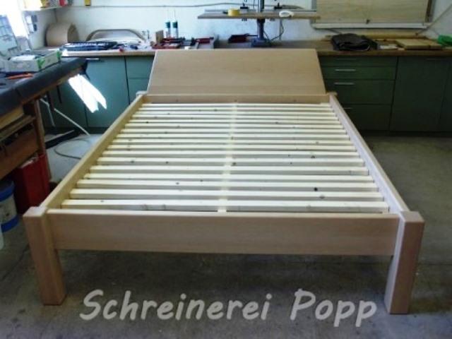 bettgestelle und lattenroste aus holz schreinerei popp. Black Bedroom Furniture Sets. Home Design Ideas