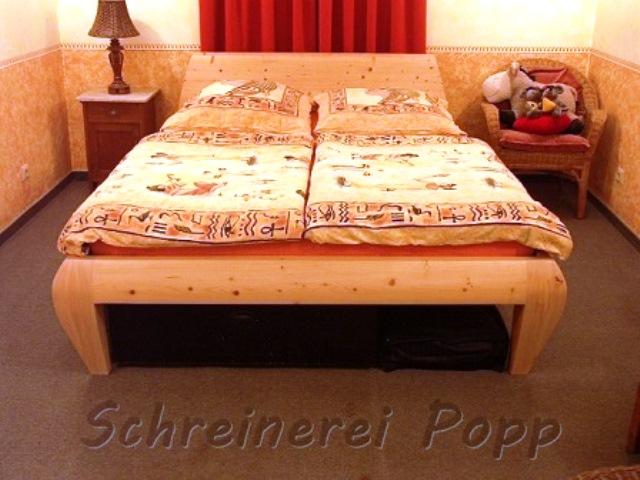 bettgestelle und lattenroste aus holz schreinerei popp bau und m belschreinerei. Black Bedroom Furniture Sets. Home Design Ideas