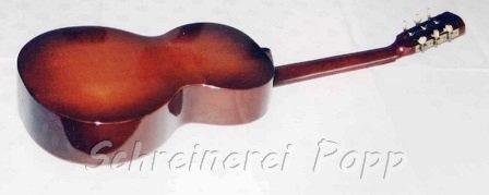 Musikinstrumente - historische Gitarre Rückseite