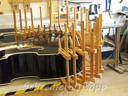 Musikinstrumente - Kontrabassdecke